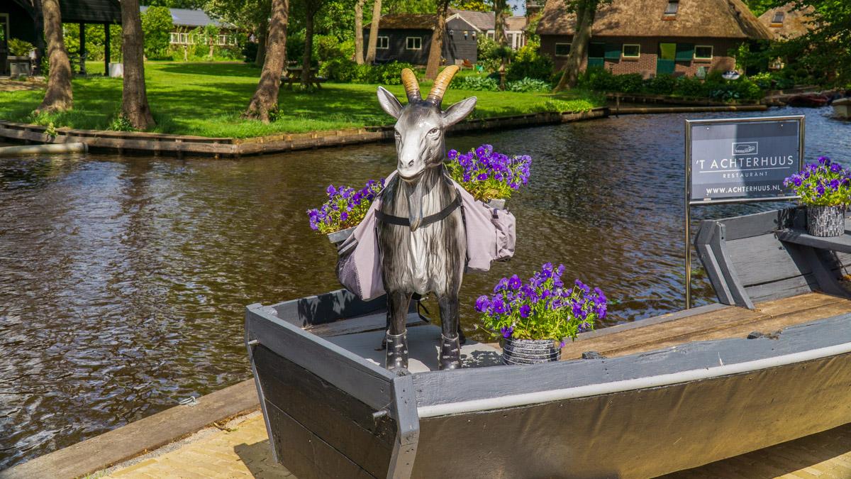 Giethoorn mała Wenecja Holandii