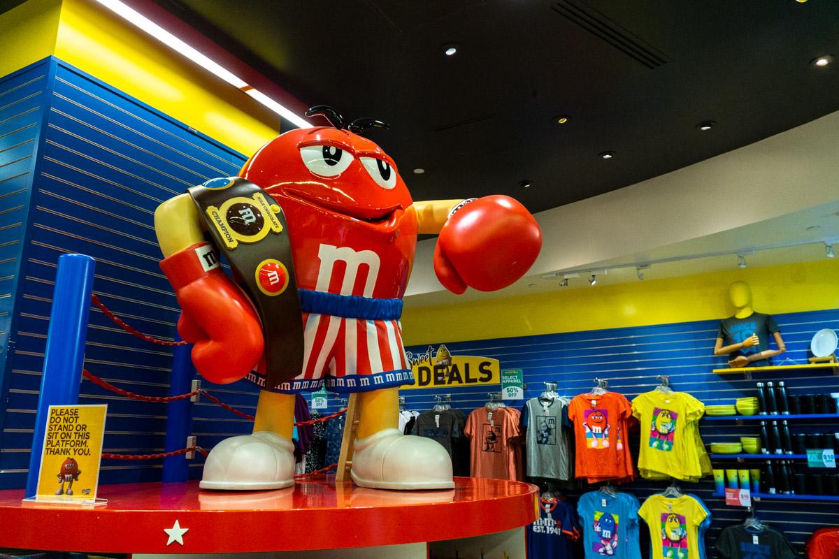 Las Vegas. Sklep M&M. Strip