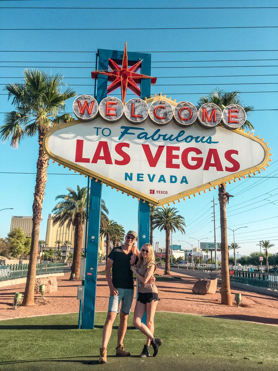 Las Vegas. Miasto grzechu. Sign