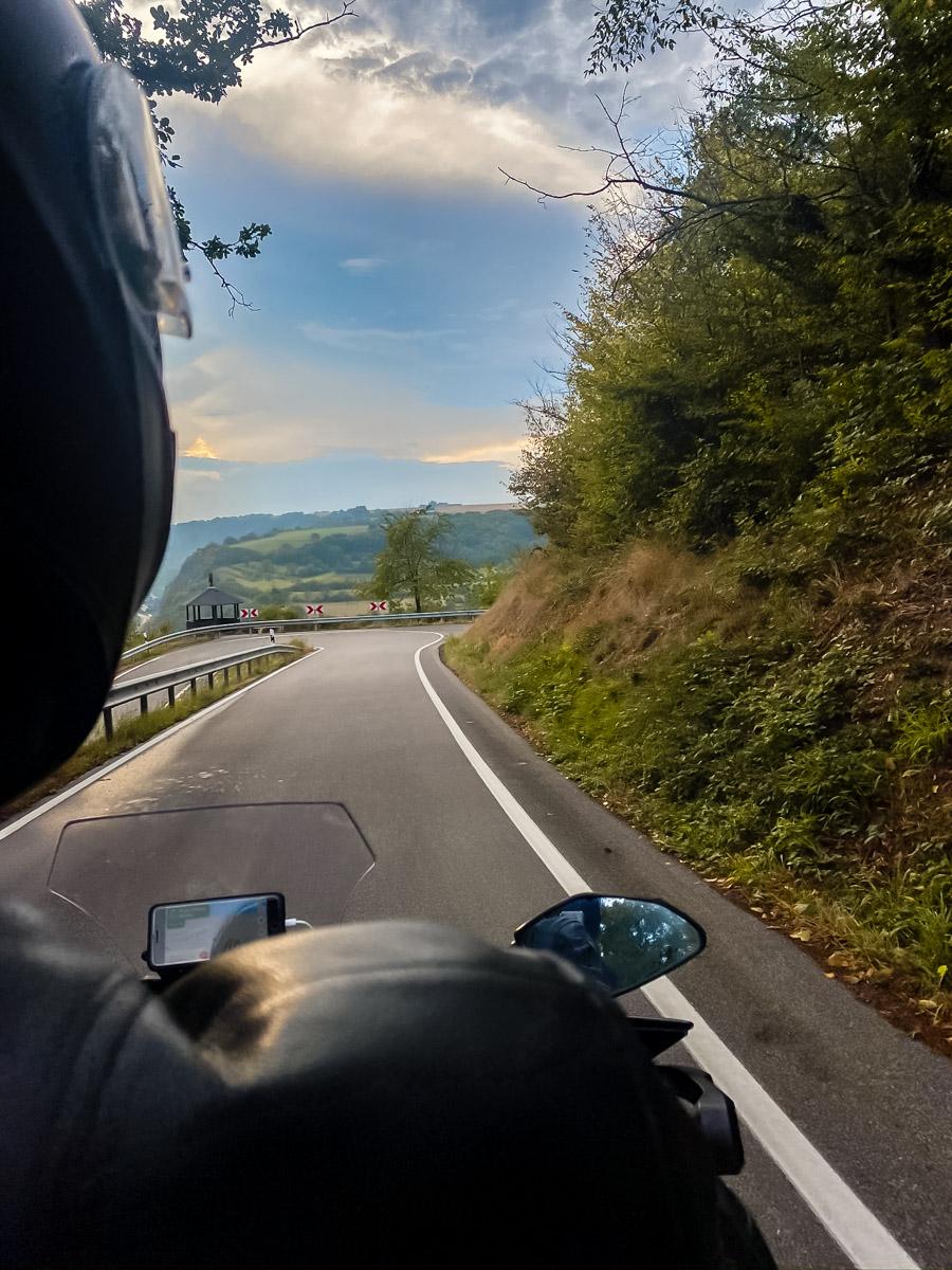 Motorem przez Dolinę Mozeli